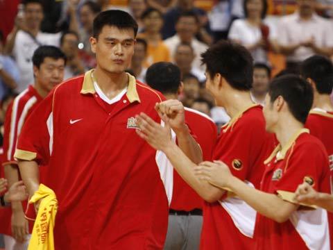 图文[男篮]:中国VS墨尔本老虎 姚明出场