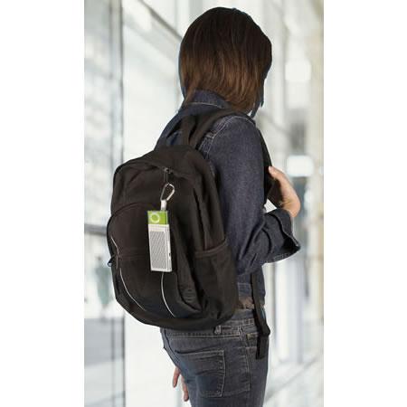 创新推长条形iPod扬声器 可挂在背包上