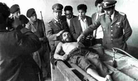 切·格瓦拉被害时的照片,他的遗体目前仍在玻利维亚境内。资料图