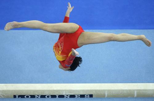 体操世锦赛程菲精彩亮相