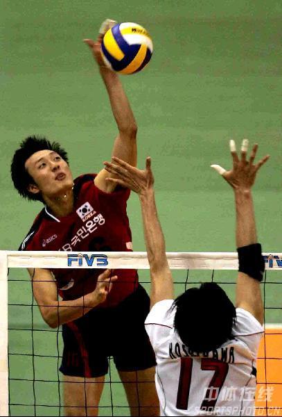 男排亚锦赛日本3-1战胜韩国 韩国队四号位强攻