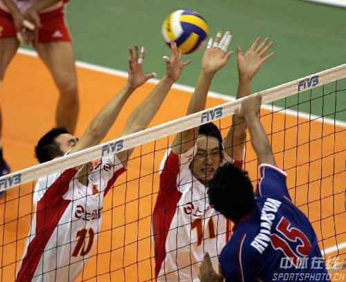 图文:亚锦赛中国队3-2险胜印尼 中国队没有拦到