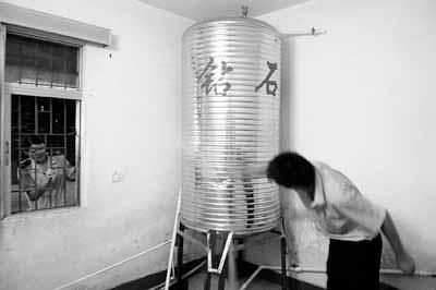 压力水罐内部结构
