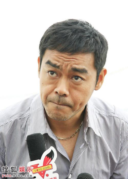 男主角刘青云