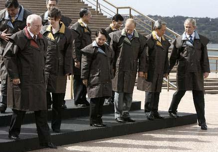 中国国家主席胡锦涛出席当天的第一阶段会议.