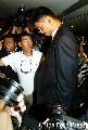 图文:姚明参观台北第一高楼 姚明受到记者围堵