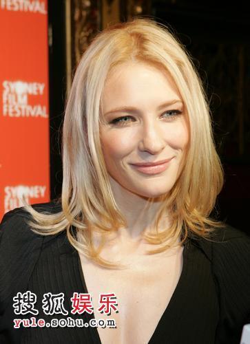 凯特-布兰切特凭《我不在那里》获得最佳女演员奖