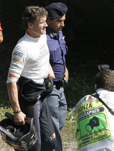 图文:[F1]意大利站正赛 库特哈德无奈退出