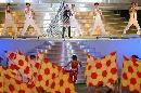 图文:[女足]世界杯开幕 韦唯放歌