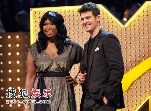 詹妮弗-哈德森昨日刚刚出席了MTV颁奖