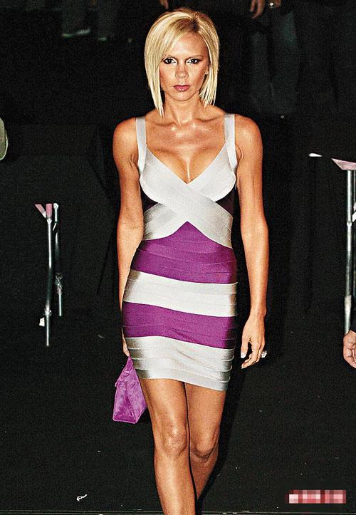 维多利亚姗姗来迟,令Marc Jacobs时装show推迟两个小时才开始。