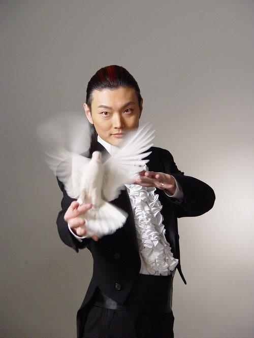 李宁 魔术师/资料图片:金牌魔术师李宁《魔法传奇》7