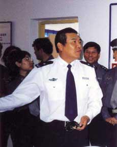 资料图:外逃前的福州市公安局副局长王振忠
