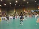 图文:中国女排对阵泰国赛前图 中国队进行热身