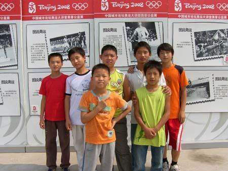 图文:行走的奥普公益展 我们一直都在关注奥运