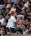 图文:[中甲]成都6-1南京有有 看台上的