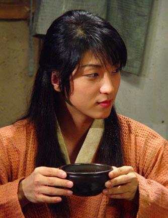 李俊基王的男人图片_王的男人可爱的李俊基