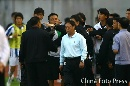 图文:[中超]长春VS陕西 赛场冲突瞬间