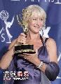 图:海伦米伦获颁迷你剧或电影类最佳女主角奖1