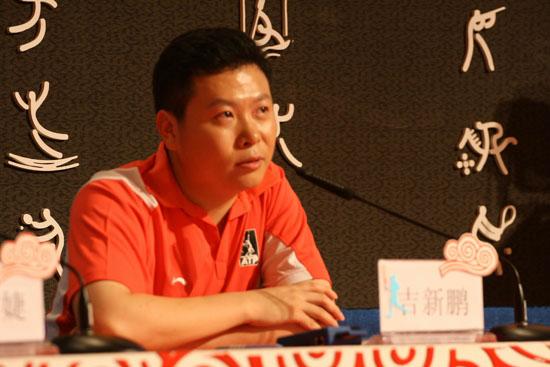 嘉宾评委羽毛球奥运冠军吉新鹏