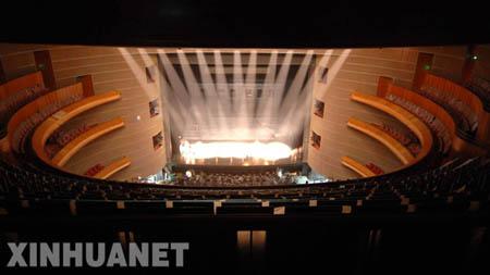 图文:国家大剧院 歌剧院席位数2398个