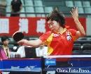 图文:亚乒赛中国女团3-0泰国 李晓霞正手进攻
