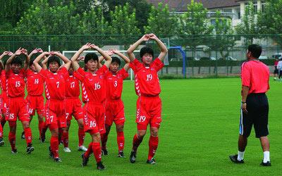 朝鲜女足热身
