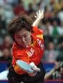 图文:女团决赛中国3-0新加坡 李晓霞正手搓球