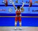 图文:女子53公斤级 李萍挺举126公斤夺得金牌