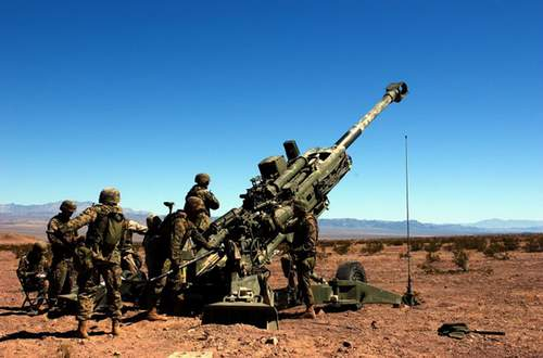 炮�_英国开始为美陆战队量产m-777轻型榴弹炮(组图)