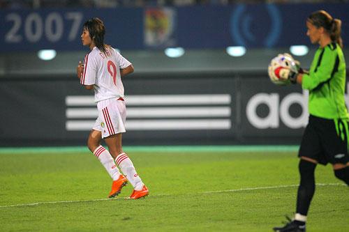图文:[世界杯]中国0-1挪威 韩端遗憾