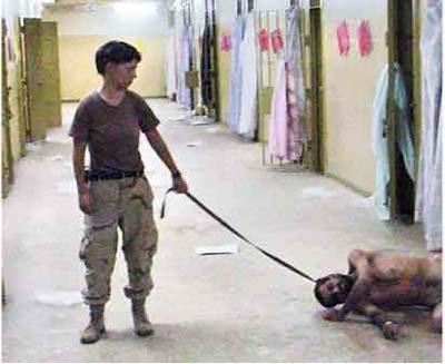 驻伊美军女兵虐囚。资料图