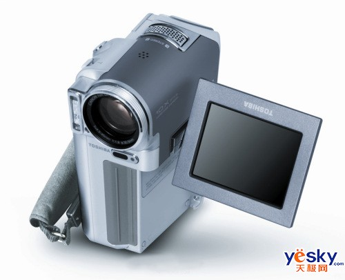 东芝 数码摄象机 R60 DV