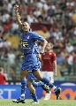 图文:[意甲]罗马平尤文图斯 特雷泽盖庆祝进球