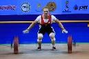 图文:世锦赛女子69公斤级 俄队奥萨那抓举银牌