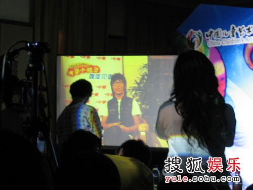 羽凡送VCR