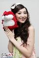 图:南通歌会举行 众星与狐狐亲密接触―吴佩慈