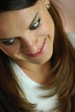 图文:捕捉赛场下的美丽伊娃 伊娃最纯真的笑容