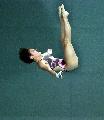 图文:女子十米台汪皓轻松夺冠 陈若琳垂直下落