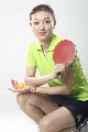 图文:女乒世界杯美女裙装 丁颖展示新款裙装