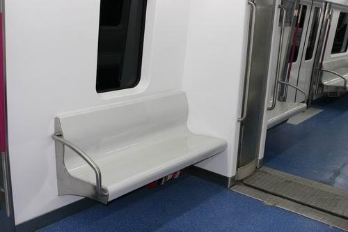 北京地铁5号线充分体现人性化理念
