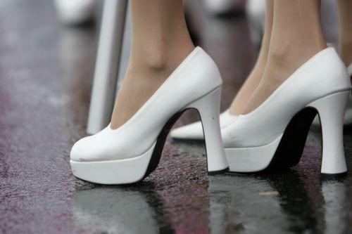 图文:[F1]日本大奖赛美女 高跟鞋特写