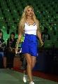 图文:女乒世界杯裙装展示 球裙简洁大方