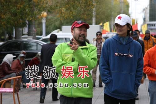 """姜培琳谈起此次登玉珠峰时说:""""我相信专业的队伍,相信王队,相信搜狐。"""""""