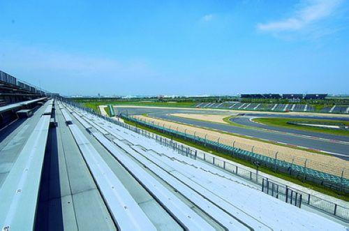 图文:[F1]上海国际赛车场欣赏 C看台左侧