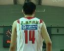 图文:男篮备战悉尼国王 大郅进行热身
