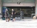 图文:[F1]各车队抵达上赛场 本田车队在工作