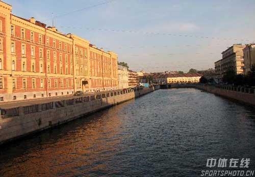图文:圣彼得堡掠影 河流建筑