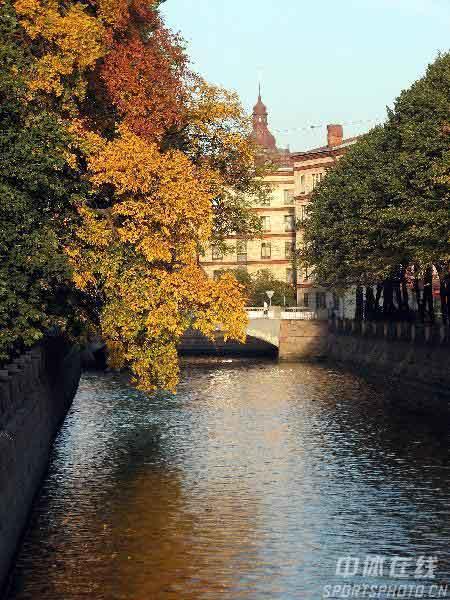 图文:圣彼得堡掠影 美丽的河流
