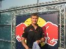 图文:[F1]车手抵达上赛场 库特哈德接受采访